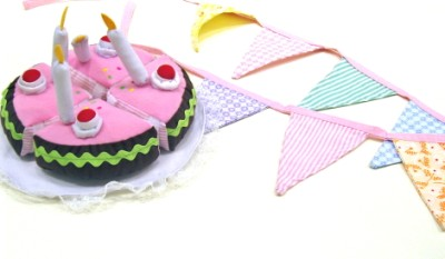 Soft Birthday Cake & Bunting Set - Oskar & Ellen